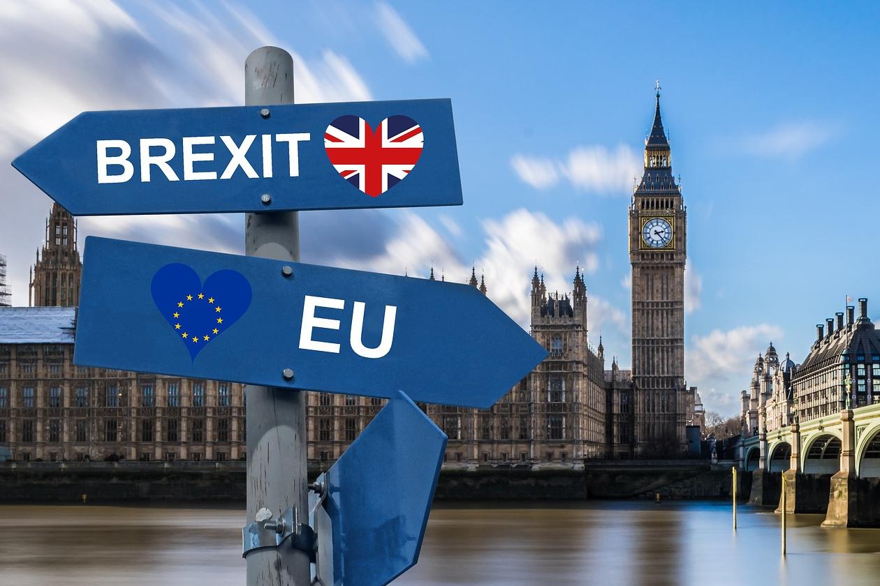 Οι λιανικές πωλήσεις στο Ηνωμένο Βασίλειο αυξάνονται απροσδόκητα παρά το διαφαινόμενο Brexit